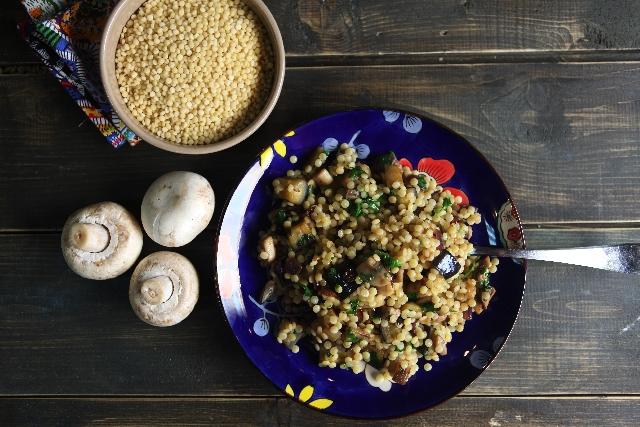 話題のスーパーフード「キヌア」で作るサラダ